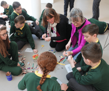 Pupils visit the FE McWilliam Gallery whit Linen Lab artists